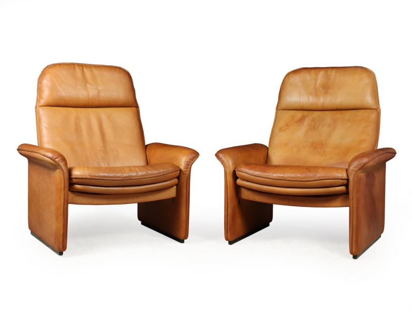 A Pair of De Sede Reclining DS50 in Tan Neck Leather